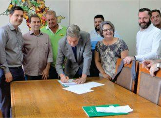 Secretaria de Agricultura entrega 18 kits da Patrulha Agrícola