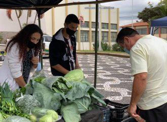 Feiras têm acompanhamento de equipes da saúde em Espírito Santo do Pinhal