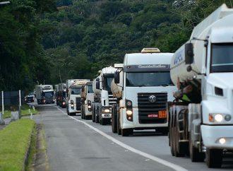 Testes em caminhões e ônibus mostram vantagens do Shell Evolux Diesel